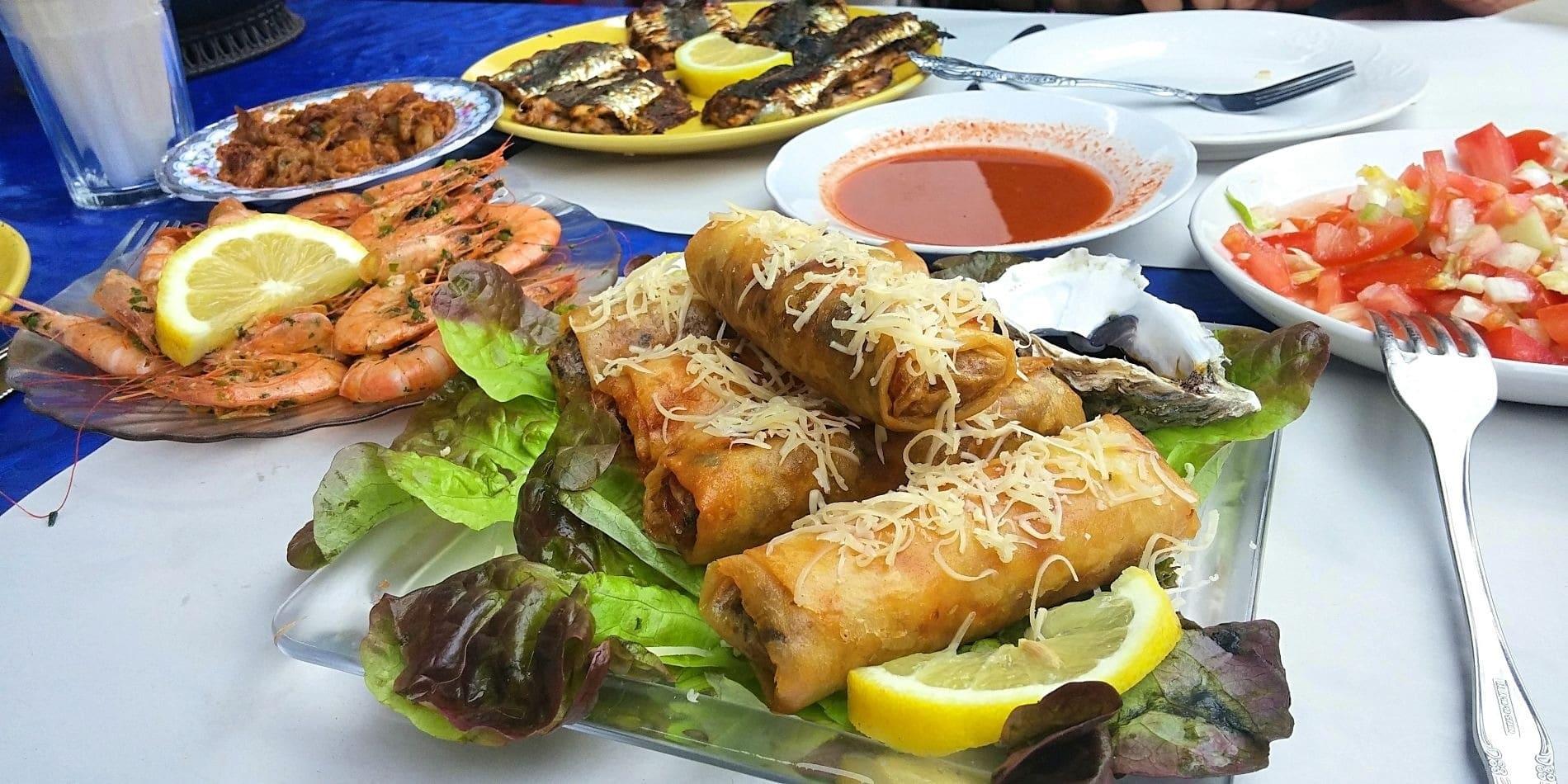 Close up photo of fried nem-like appetizers.